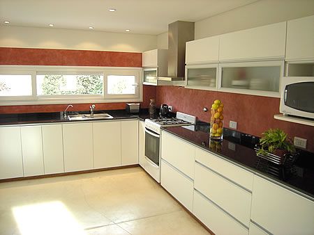 Amoblamientos de cocina a medida en santa rosa la pampa for Muebles de esquina para cocina