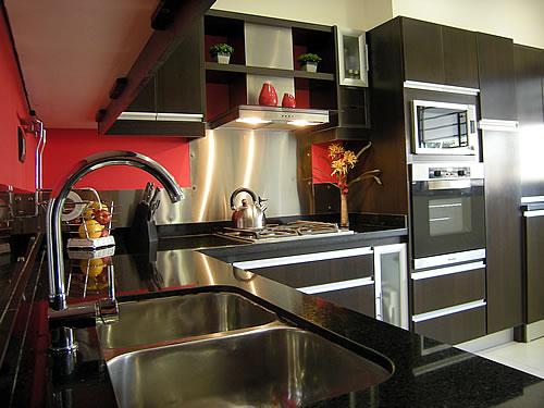 Edgar monlezun amoblamientos santa rosa la pampa for Muebles de cocina negro